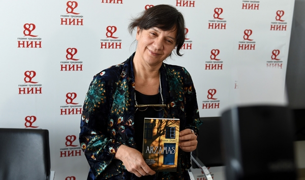 Ivana Dimić – dobitnica NIN-ove nagrade za najbolji roman u 2016. godini!